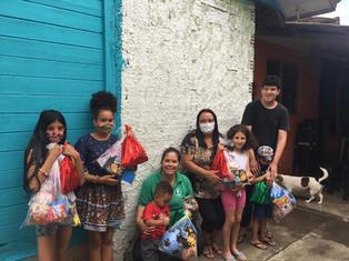 Projeto Classe de Boas Novas realiza entrega de presentes para crianças em Colombo