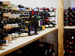 国内外のワインが眠るセラー