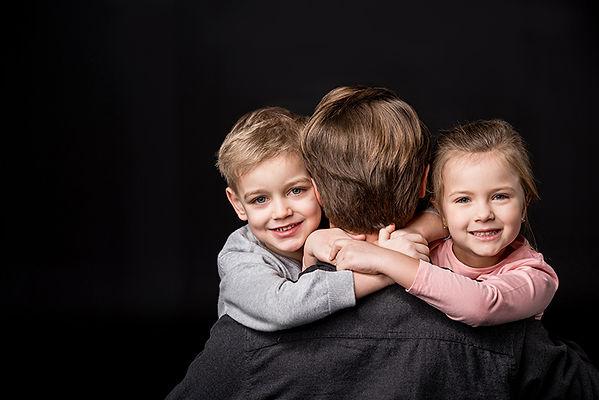 father with kids, prepare for your divorce, preparing for divorce, what to do before getting divorced, divorce preparation tips, be ready for divorce