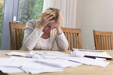 moving out during divorce budget stress
