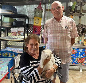 Joe & Mary Rowan came from Covington La. for our Mitted Lynx Male & named him SNOWY.