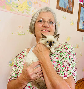 Dee Foreman came from Slidell for Lulu's Bicolor Ragdoll she named INDI.