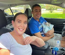 """Attorney Connie Eyle came with her friend Jerry Simms from Louisville Kentucky to get her favorite Ragdoll Seal Bicolor male she named """"LEONARD"""""""