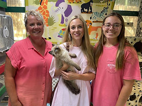 """Natalie, Shelby & Chloe Chandler of Shreveport with Shelby's new Ragdoll male of Punkin Pie named """"Boots"""" born 4-26-21"""