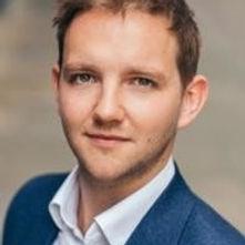 Josh Roberts Headshot 1.jpg