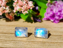 Moonstone Earrings 01.jpg