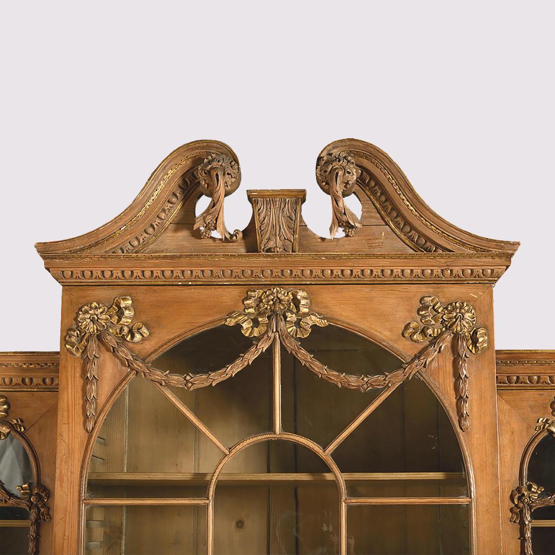 Pine Bookcase - Detail 2.jpg