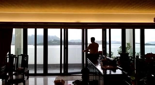 大埔逸曨灣頂層特色户超闊露台8連動摺疊趟式防蚊紗門