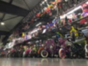 Vélos pour enfants et trottinettes