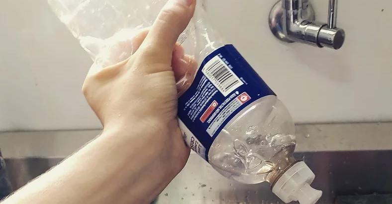 Jamais confie em alguém que espreme o detergente!