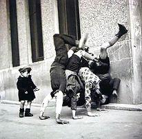 Doisneau-niños paris-1936.jpg