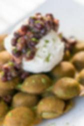 Matcha Hong Kong Egg Waffles with Red Beans, Hong Kong Street Eats, hongkongstreeteats, 香港街食, hk street eats