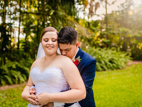 Mr & Mrs Lane tie the knot in Townsville