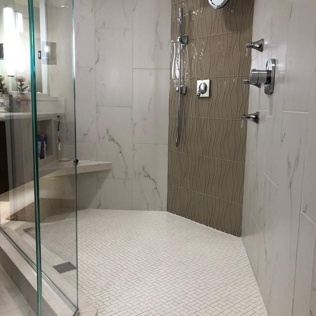 clean shower estancia Bonita Bay