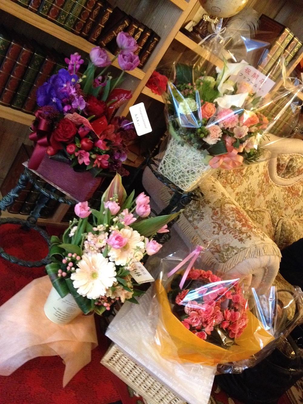 たくさんのお花ありがとうございます!