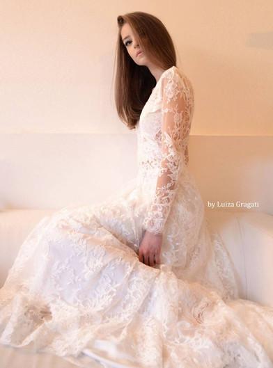 Robe de mariée bohème chic sur-mesure en mousseline de soieà Marseille