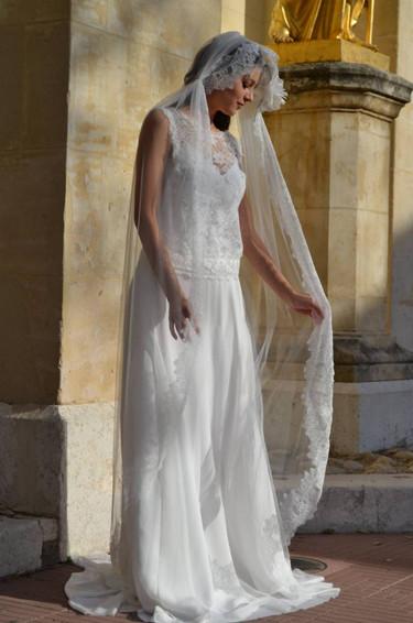 Robe de mariée bohème en crêpe à Marseille