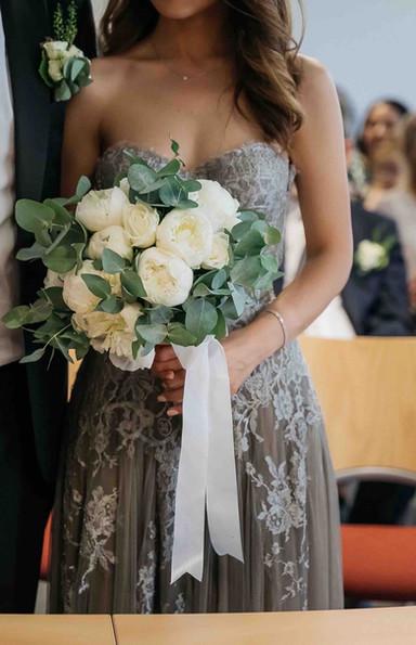 Robe de mariée bustier en dentelle de Calais à Marseille