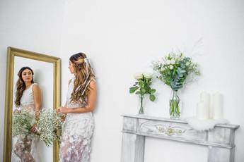 Robe de mariée longue en dentelle de Calais à Marseille