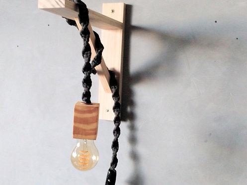 luminária madeira e macramê