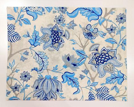 Lugar americano azul floral