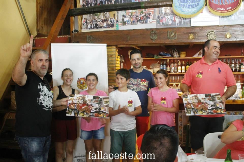 Juan Carlos Català i Antonio García artistes de la carrossa gran junt als carrecs 2015