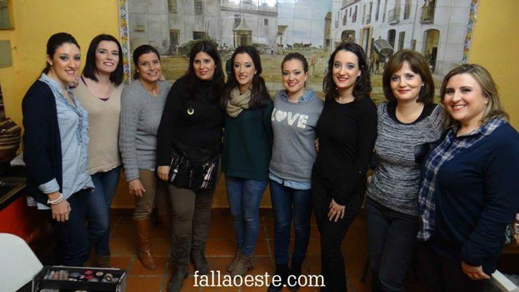 Patricia amb la FM i algunes de les assistents