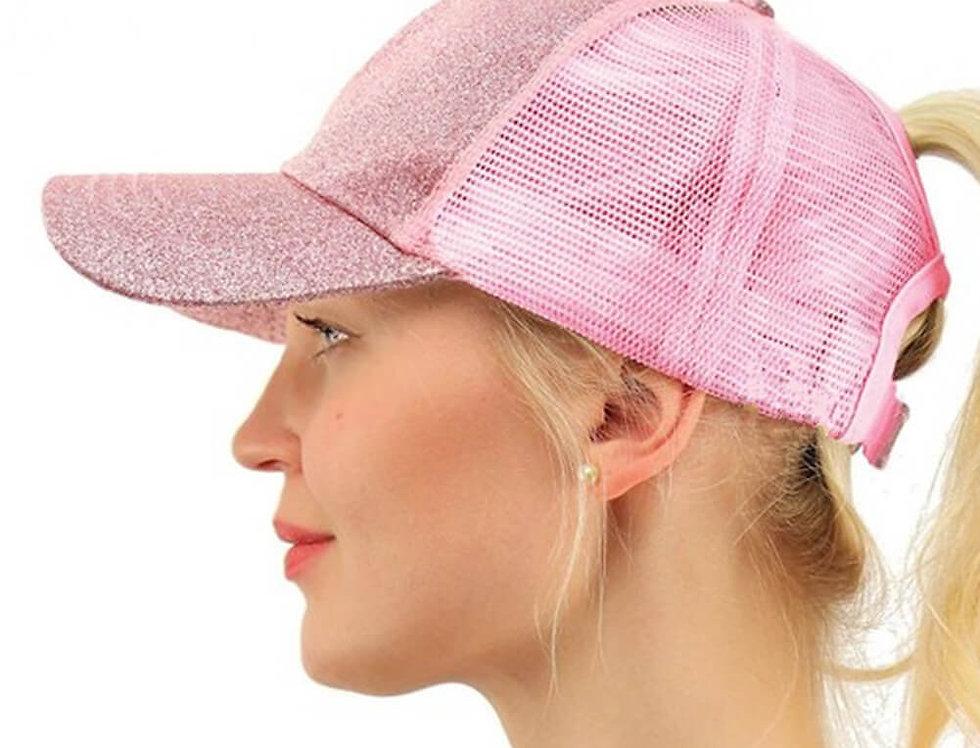 Gorra rosa con purpurina para ir de vacaciones Parairdevacaciones