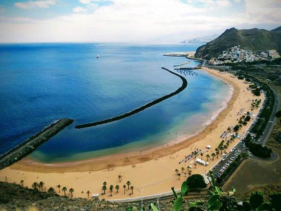 Playa-de-las-Teresitas-Santa-Cruz-de-Tenerife