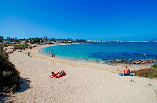 Playa-de-Corralejo-Fuerteventura-en-las-islas-Canarias