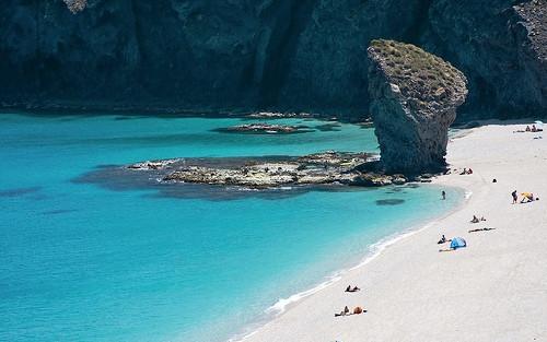 Mejor-Playa-para-ir-de-vacaciones-Los-Genoveses-Andalucía