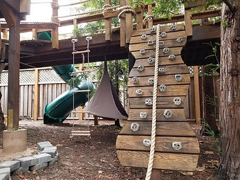kids-treehouse-rock-climbing-walls