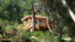 simple tree houses builders