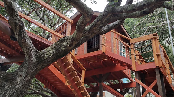 how do you make a simple treehouse?