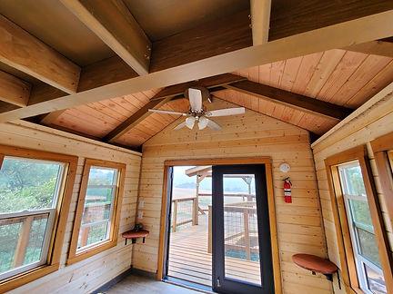 treehouse-interiors[1].jpg