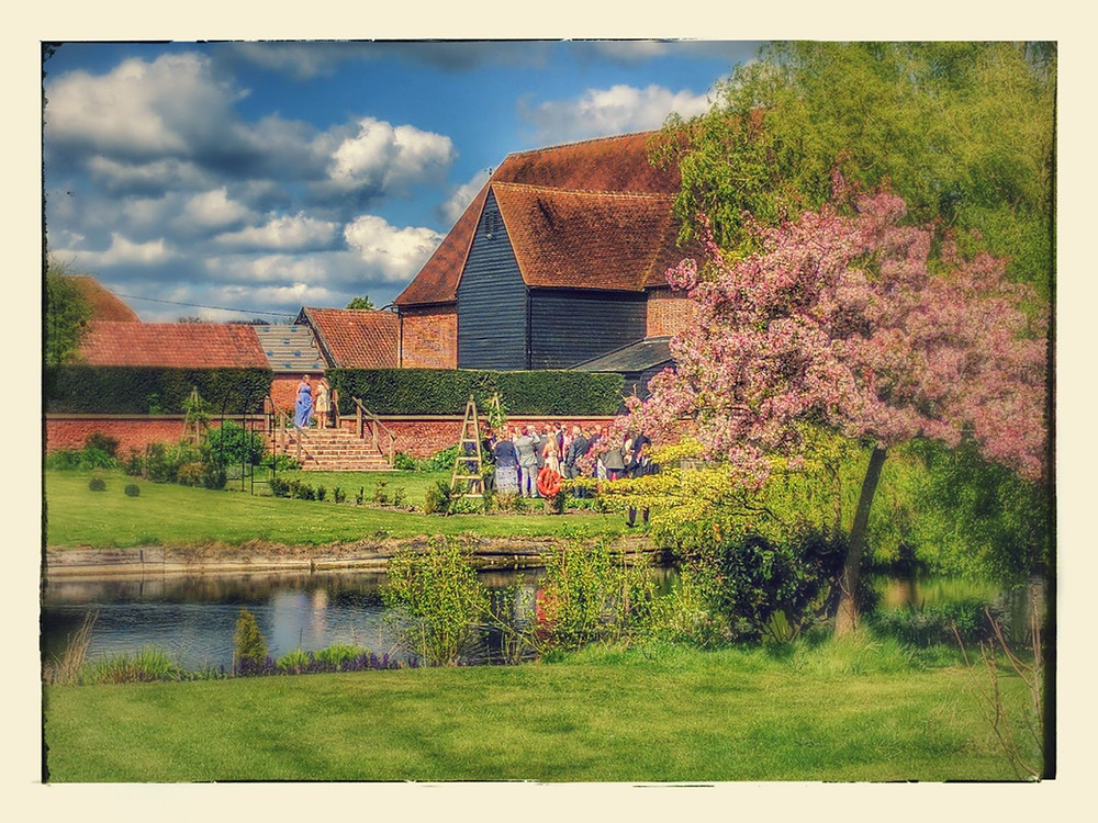 Anne of Cleves Barn, just love this photo