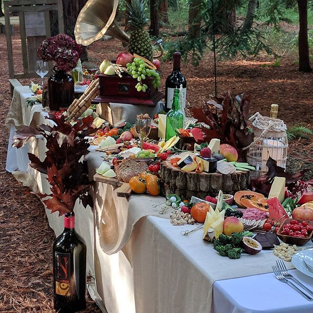 Grazing table, impress your guests with spectacular graze
