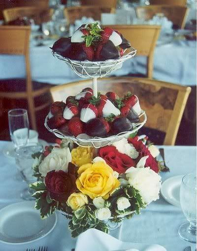 Flame BBq edible centrepieces, Strawberries in chocolate