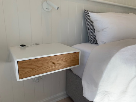 Floating nightstands – pros and cons