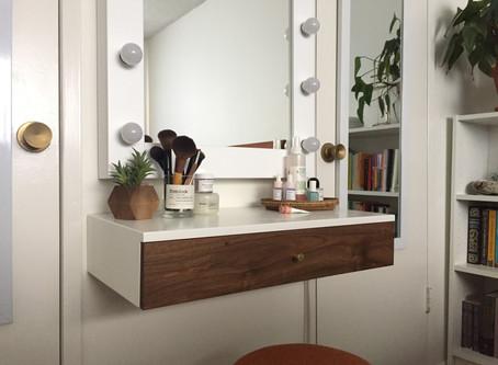 Pair of nightstands + dressing table