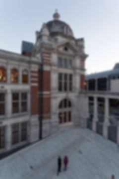 V&A Courtyard Dawn