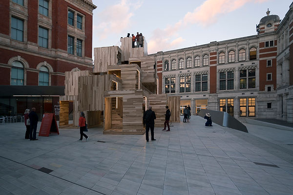 V&A Courtyard by ALA