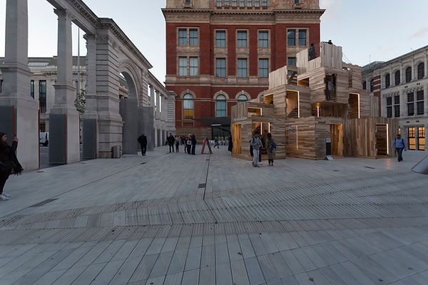 V&A_Courtyard_Dawn_ALA_extension_Multipl