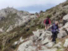 Viaggio trekking alle Isole Lofotone | Trekkilandia | le montage sopra Svolvaer nel viaggio a piedi alle isole lofoten