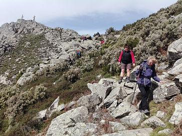 Viaggio trekking alle Isole Lofotone   Trekkilandia   le montage sopra Svolvaer nel viaggio a piedi alle isole lofoten