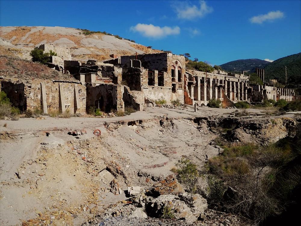 naracauli-spiaggia-di-piscinas-cammino-minerario-di-santa-barbara-in-sardegna