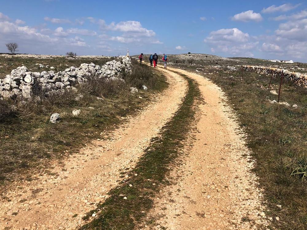 via-peuceta-viaggio-cammino-trekking