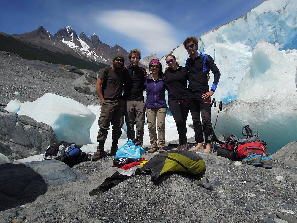 Trekking nei pressi del ghiacciao Grey