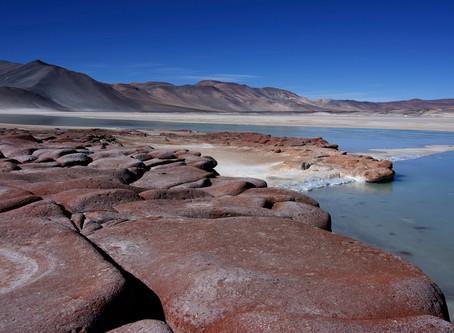 Atacama: Paesaggi contrastanti del Deserto Cileno