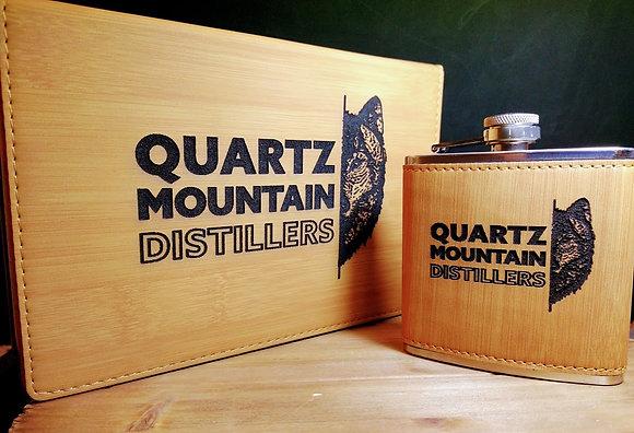 leatherette flask set